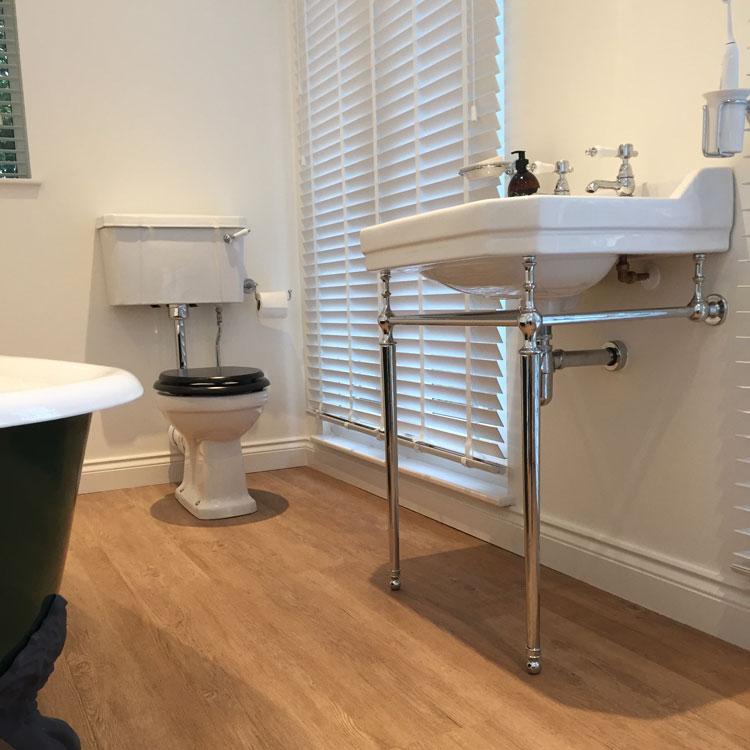 Matthew Scanlon Plumbing and Heating Main Classic Bathroom