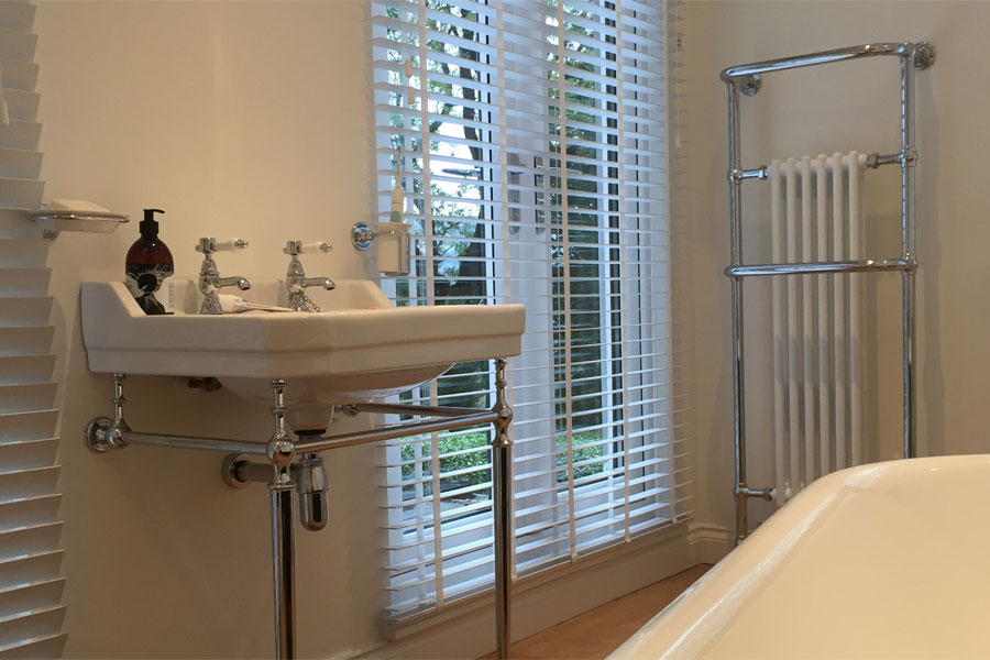 Matthew Scanlon Plumbing and Heating Main Bathroom