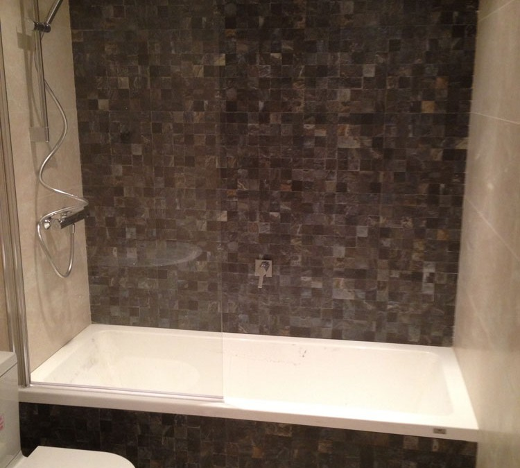 Porcelanosa Bathroom Suite Installation and Tiling